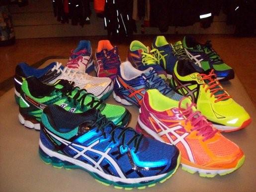 scarpe da ginnastica: abbigliamento sportivo palestra